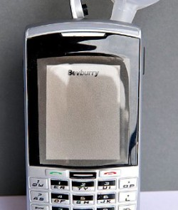 Bev-Burry-3-oz-Cell-Phone-Flask-The-only-one-on-the-market-0